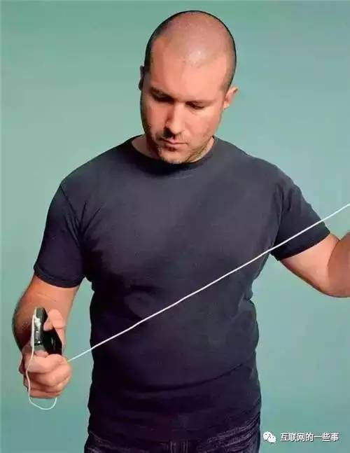 手上的苹果都是他设计的,人们却只知道乔布斯