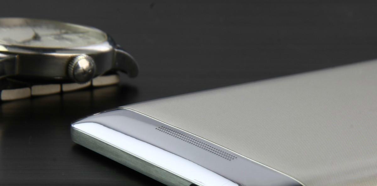 王石代言, 吴晓波背书,2万元一部的8848钛金手机,我为什么看衰?