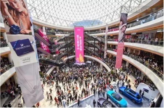 透过阿里、苏宁、京东三大电商巨头的动作,看未来零售的三大趋势