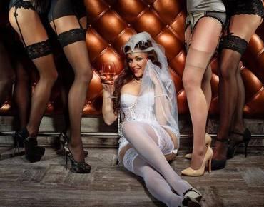 我,一个女生,研究了一下色情网站X-Art和Pornhub