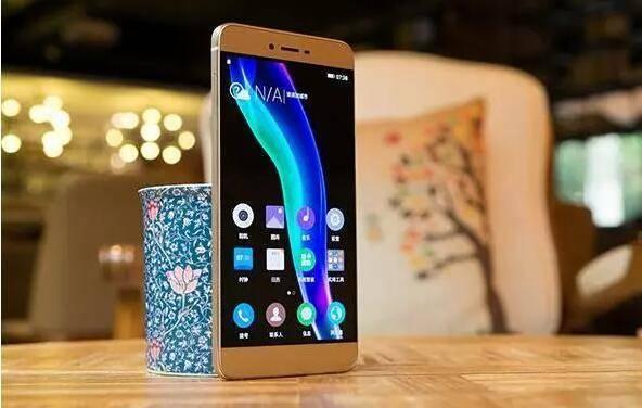 手机版,金立手机的生死较量