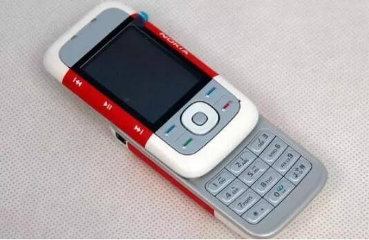智能手机或许非诺基亚最佳战场,功能手机才是出路?
