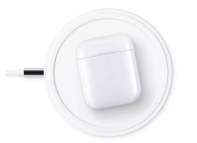 新一代AirPods无线耳机和无线充电盒发布