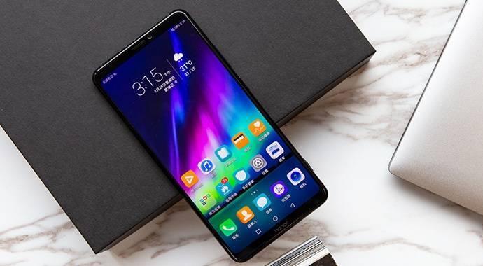 续航能力最强的3款手机,电池容量达5500毫安!