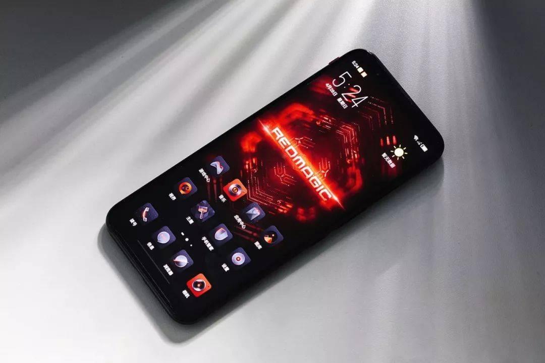 """""""520""""将至还在为礼物发愁?这几款手机是你的最佳选择!"""