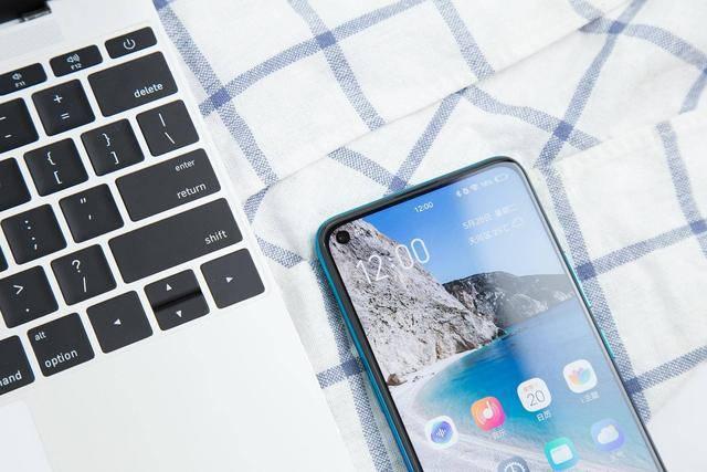 追求性价比,这几款高性价比手机值得考虑!