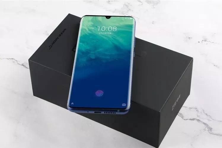 首款5G手机上市:中兴Axon 10 Pro 5G版开卖
