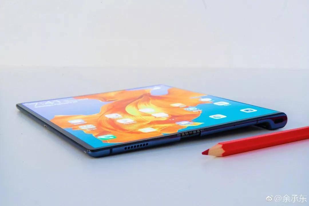 华为Mate X折叠屏手机将于10月在国内上市