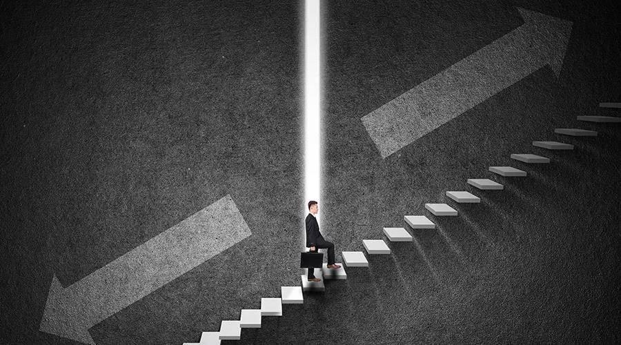 做生意不是「抄作业」,得用两条腿走出自己的路