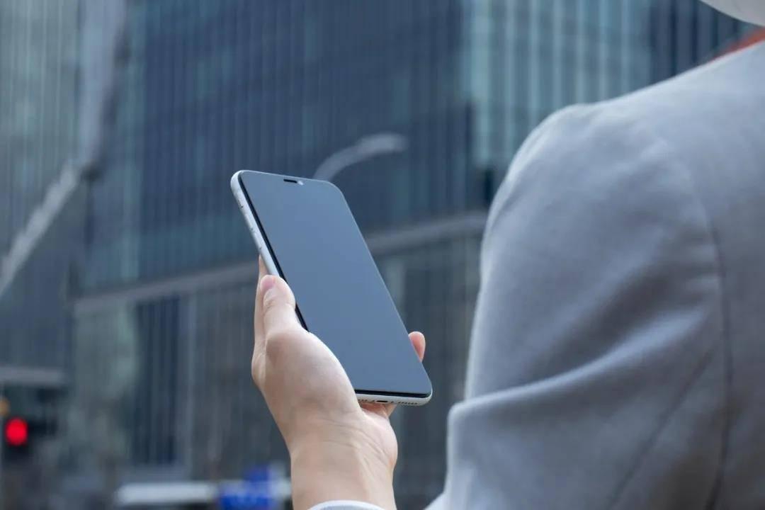 手机品牌兴衰录:LG停产、iPhone称王、国产崛起……