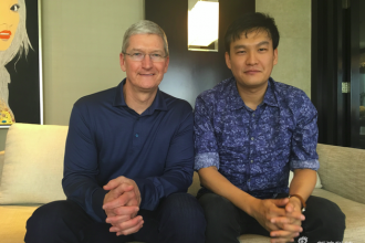 """专访苹果CEO库克:解答""""中国难题"""""""