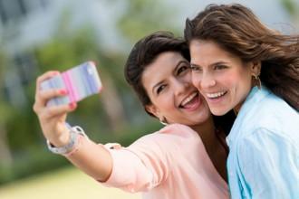 """应用中的""""她经济"""":哪些 app 最受女性青睐"""